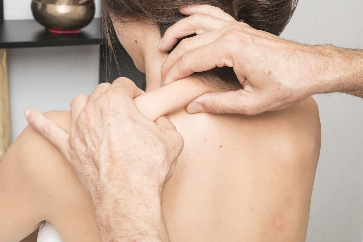 Болит плечо как лечить